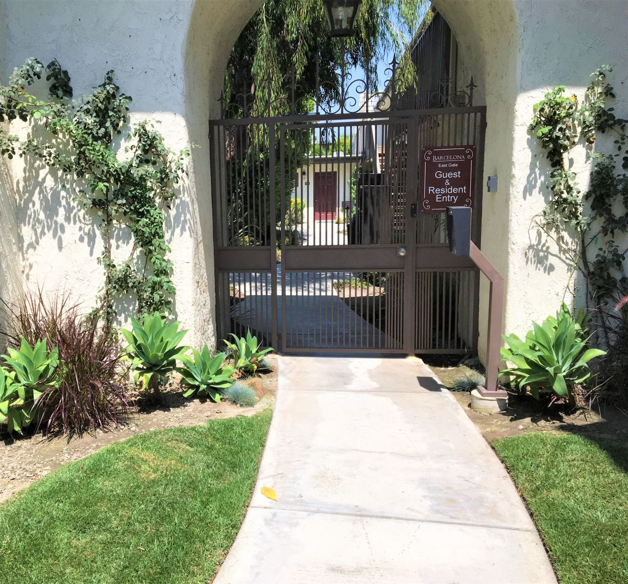 Apartments For Rent In Bellflower Ca: 11555 216th Street